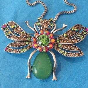 Neon 🐝 necklace/broach 😍